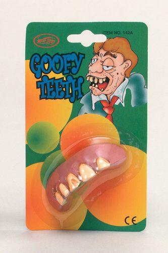 Goofy Teeth-580