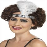 WHITE FLAPPER HEAD BAND WITH FEATHER